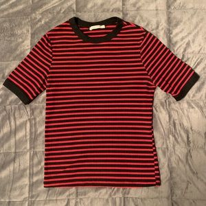 Striped, ribbed t-shirt.